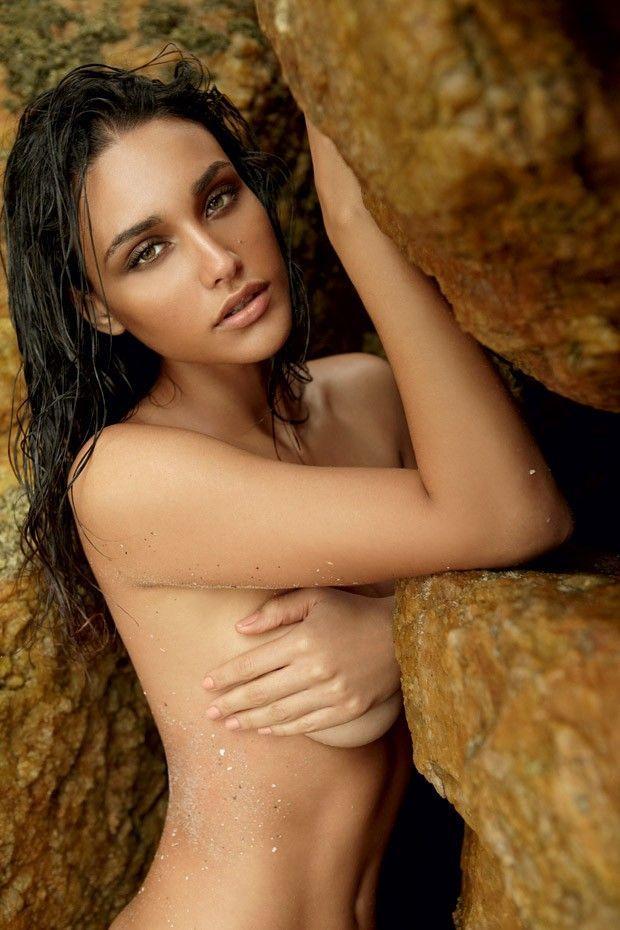 Débora Nascimento - Fotos nua e pelada