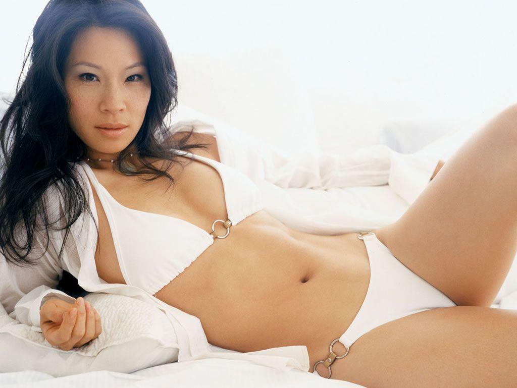 Lucy Liu - Fotos nua e pelada