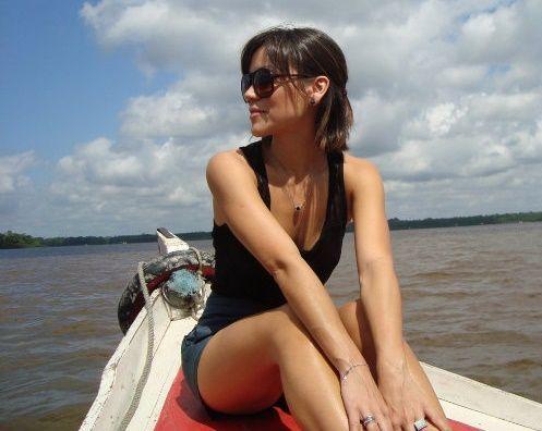 Geovanna Tominaga - Fotos nua e pelada