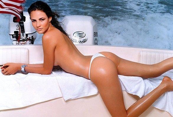 Fernanda Tavares - Fotos nua e pelada