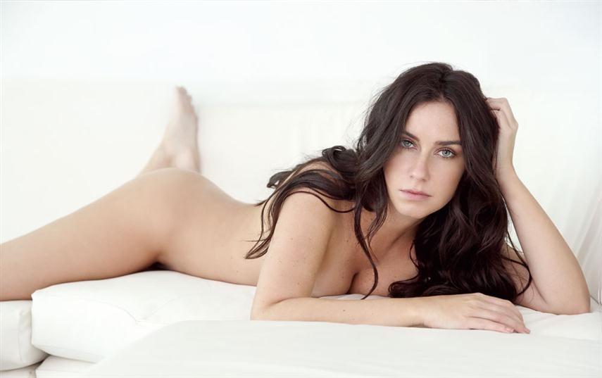 Larissa Erthal - Fotos nua e pelada