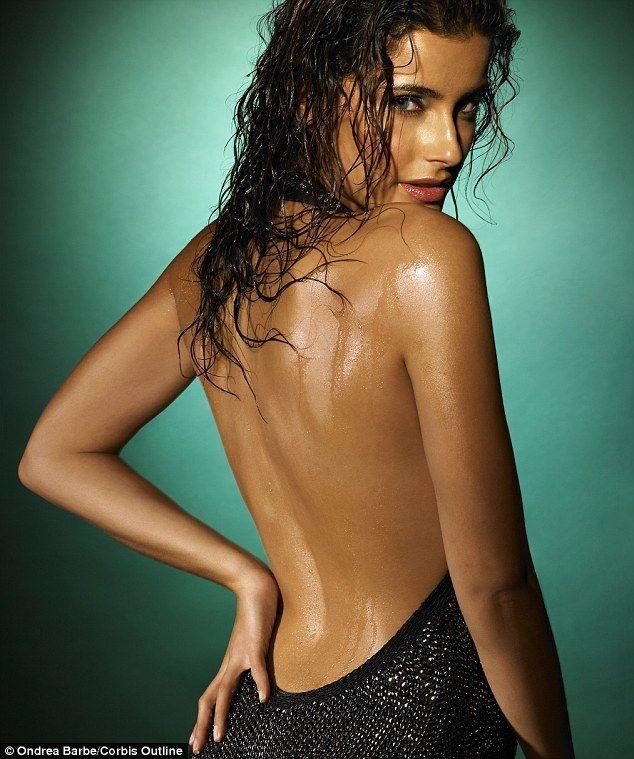 Nelly Furtado - Fotos nua e pelada