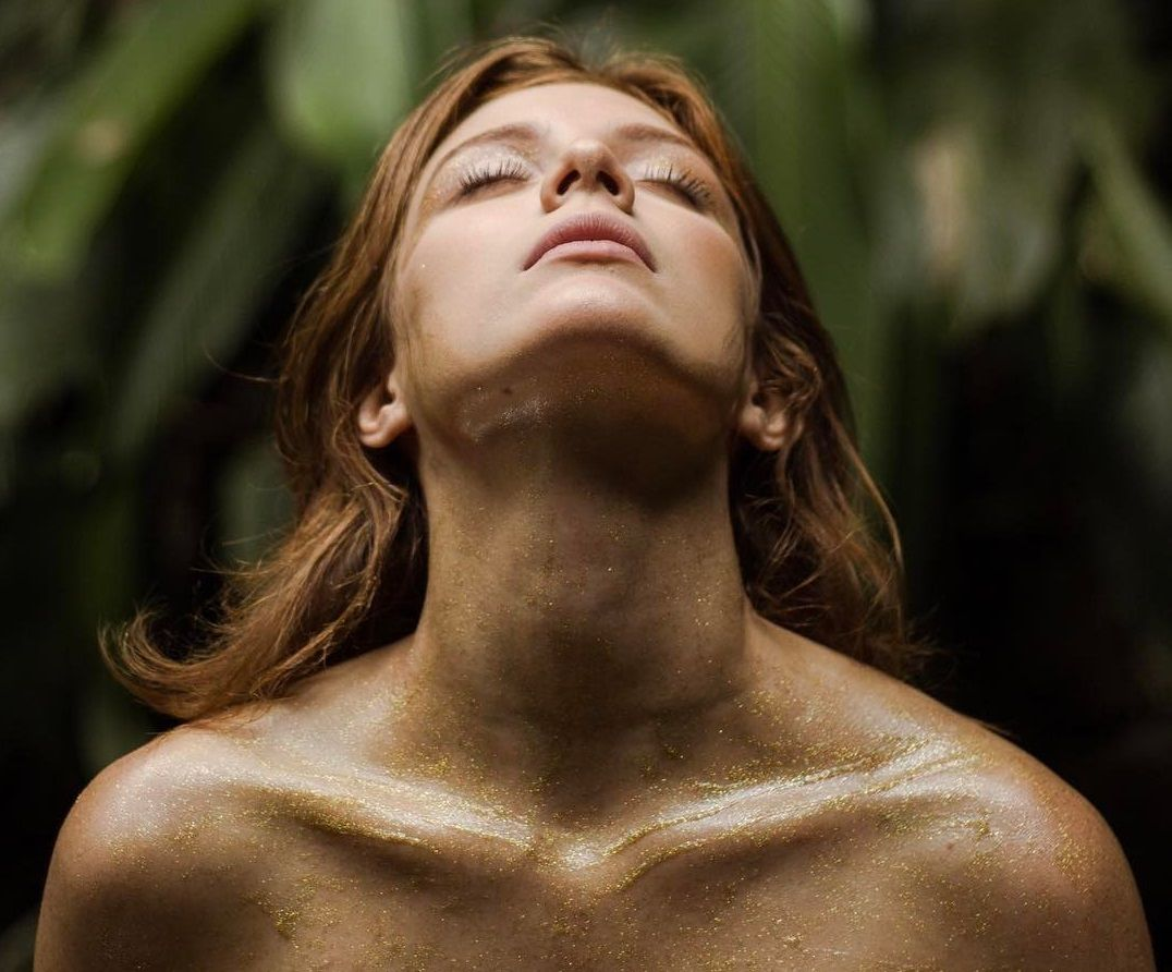 Giulia Gayoso - Fotos nua e pelada