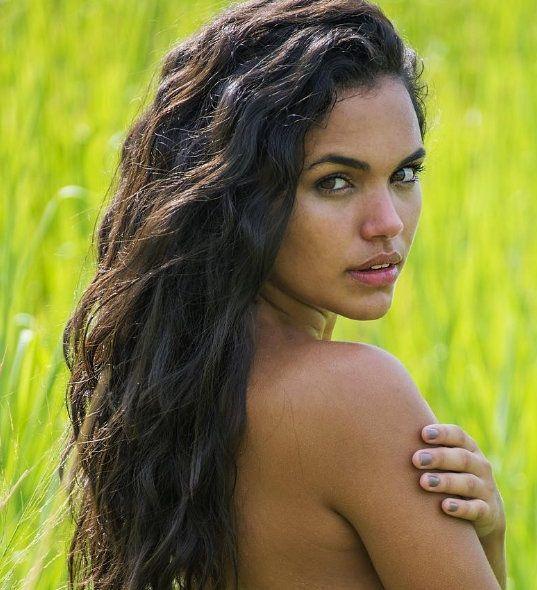 Giovana Cordeiro - Fotos nua e pelada