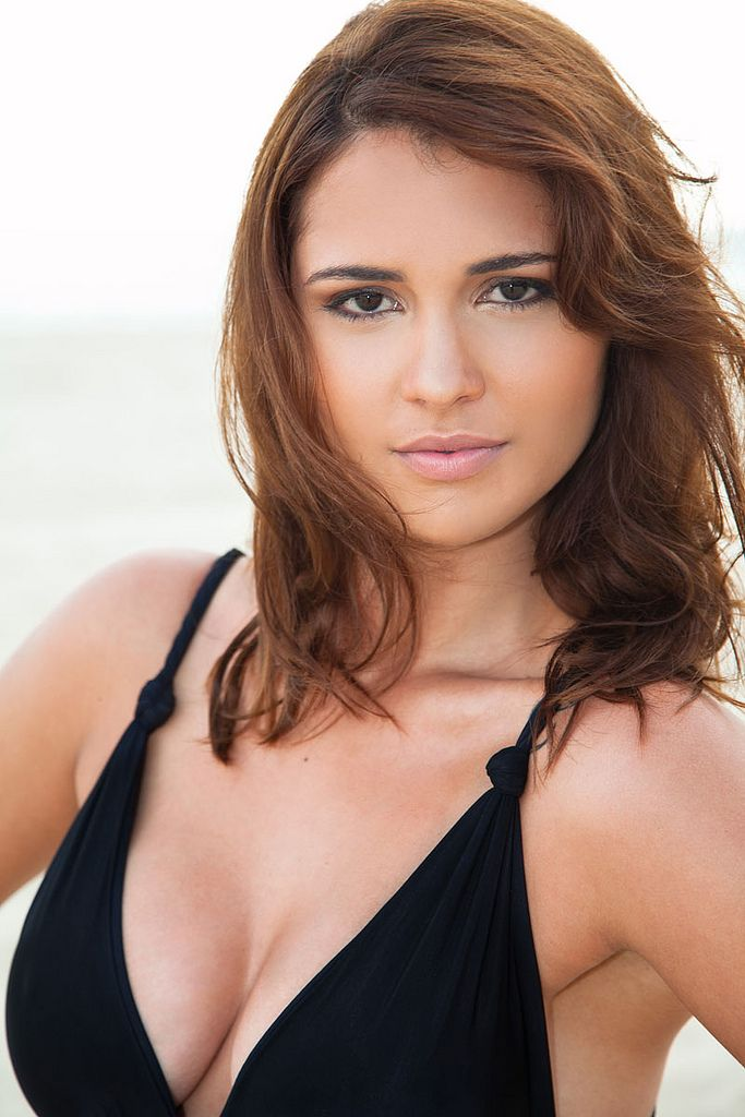 Fernanda Nizzato - Fotos nua e pelada