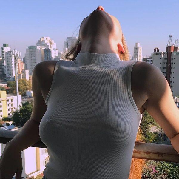Mariah de Moraes - Fotos nua e pelada