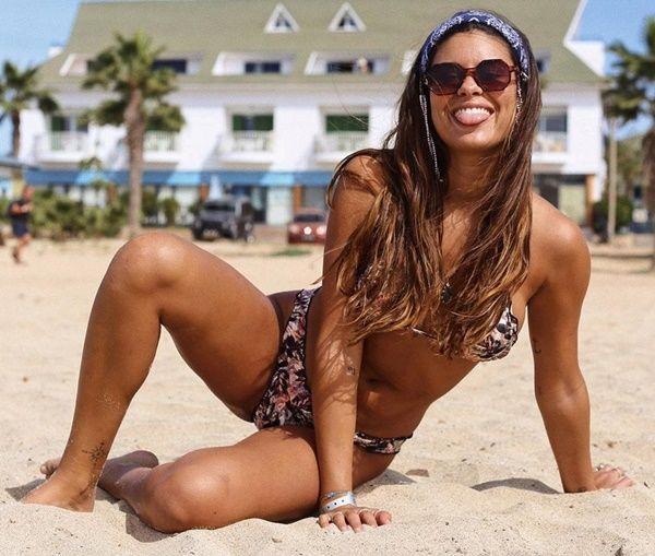 Carolina Loureiro - Fotos nua e pelada