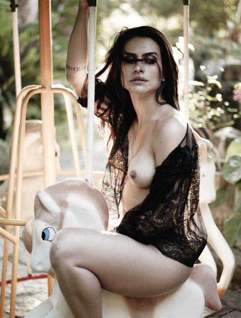 Fotos da Cléo Pires nua pelada