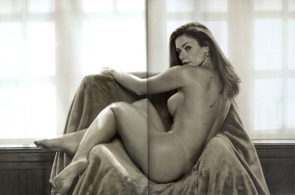 Fotos da Renata Longaray nua pelada